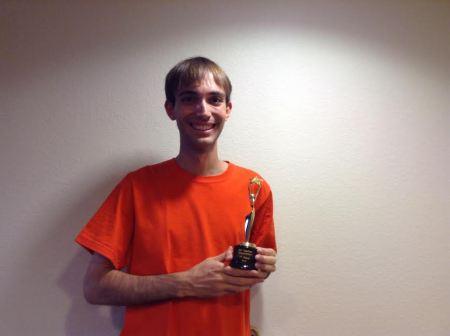Alexei Henriques com o troféu